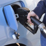 沖縄では、ガソリン代が安くなる措置がとられているらしい