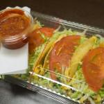 沖縄で超有名なタコスのお店「キングタコス」。めっちゃ美味しい!